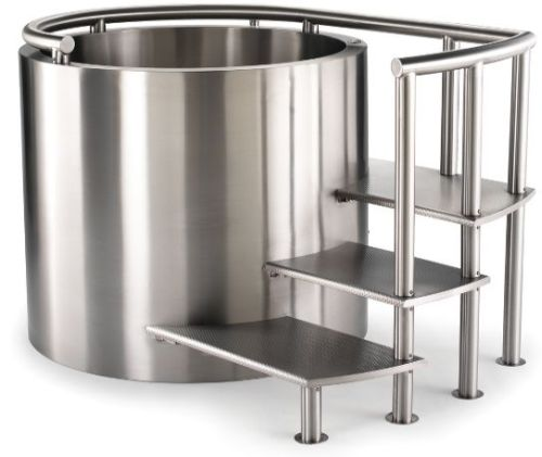 stainless-steel-soaking-tub