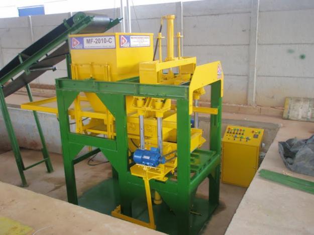 Projeto Solicitado [6 de fevereiro de 2013] – Maquina hidraulica ou pneumática para fabricar blocos