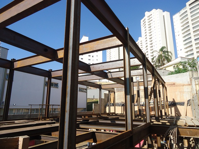 Projeto Solicitado [3 de abril de 2014] – Construçao de predio com viga I