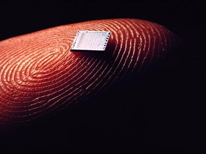 Novo chip brasileiro oferece alternativa para miniaturização
