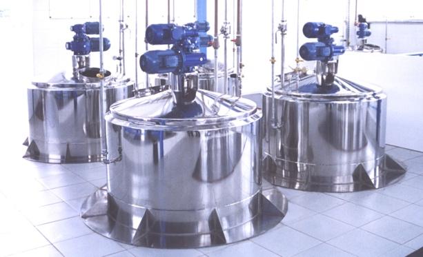 Projetos FP: Reator de Processo, Tanques de Alimentação
